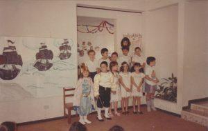 Con motivo del Encuentro de Culturas, celebración de 1988 de 1er grado