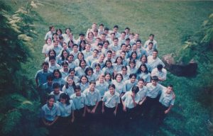 Foto de alumnos del colegio en el año 1999